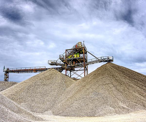 Naudingos iškasenos - žvyras, smėlis | Alnitransa