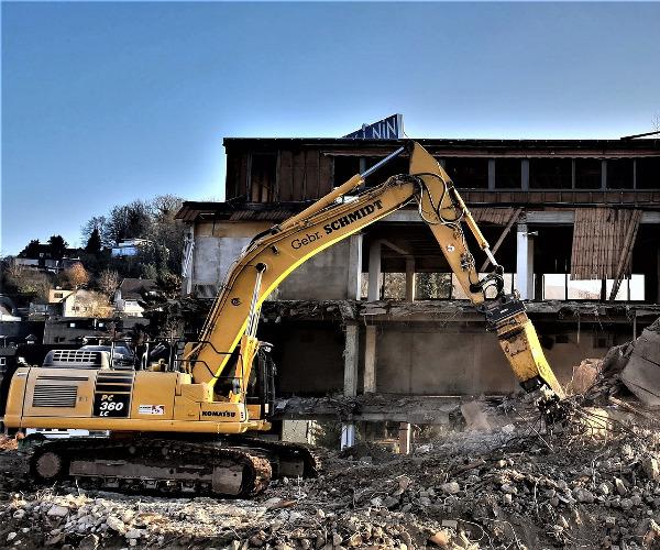 Pastatų griovimas ir statybinio laužo išvežimas